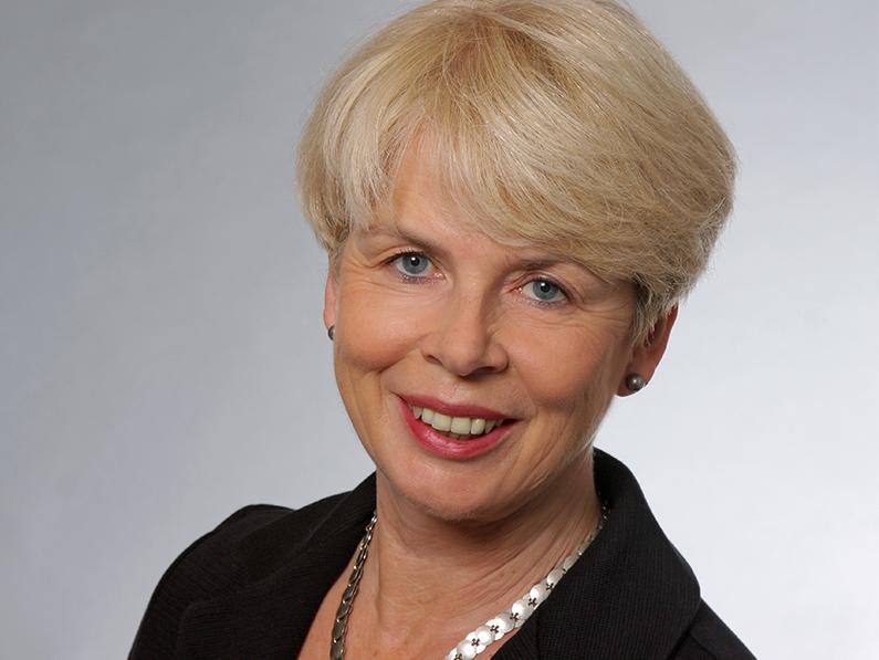 Marion Niebel